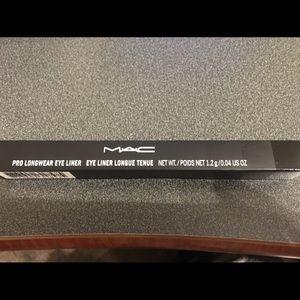 MAC Pro Longwear eye liner